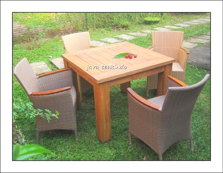 meja taman garden table