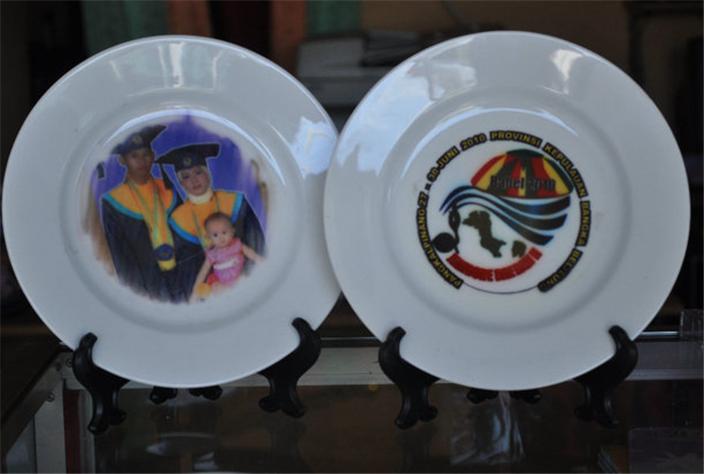 Buy Souvenir plates