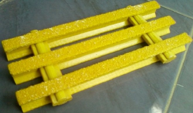 Buy GRP FRP Grating Grill Gripwalk Gripway Kabel Tray Duct Lader McQuay Geotextil Pipa