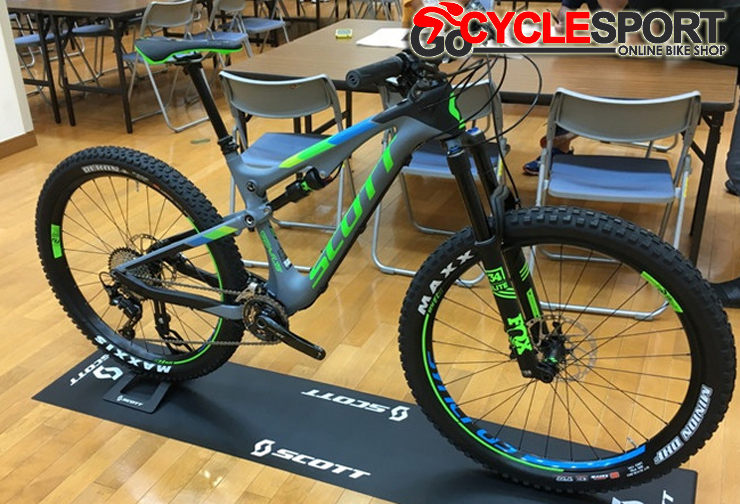 Buy 2017 Scott Genius 710 Plus Mountain Bike (GOCYCLESPORT)