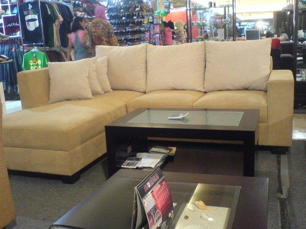 Sofa L Grahadi minimalis
