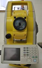 Topcon GPT-7500 Total Station