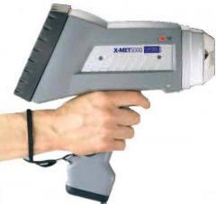 Oxford X MET5000 handheld XRF analyzer