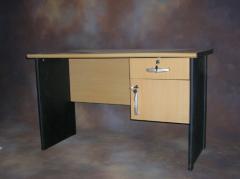 Table Write 1 / 2 Bureau