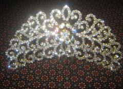 Crown Emas