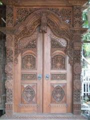 Gate carving