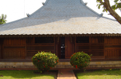 House Traditional