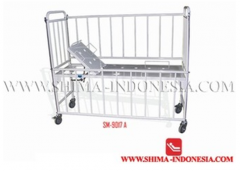 Children hospital bed with manual back raise