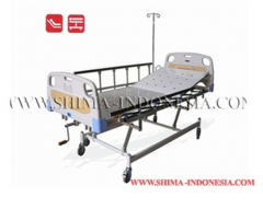 Hi-Lo hospital bed with manual back raise
