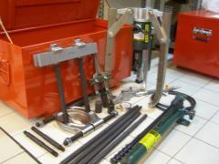 Master puller sets