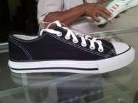 Shoes Model School