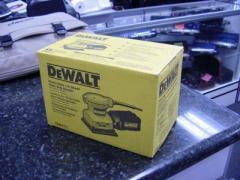 DeWalt DW411 Heavy Duty 1/4 Sheet Palm Grip Sender
