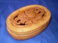 Copok oval carved motif