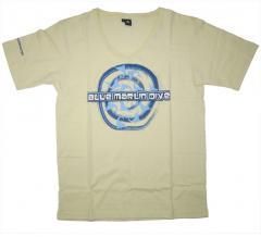 T-shirt Deep V-Neck Style