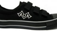 Mogul Sneakers 003