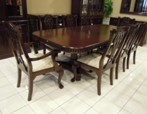 Chippendale Dining Set