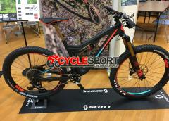 2017 Scott Genius LT 700 Plus Tuned Mountain Bike