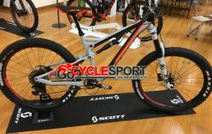 2017 Scott Genius LT 720 Plus Mountain Bike (GOCYCLESPORT)