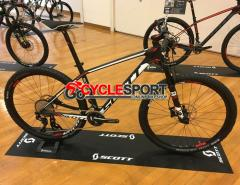 2017 Scott Scale 720 Mountain Bike (GOCYCLESPORT)