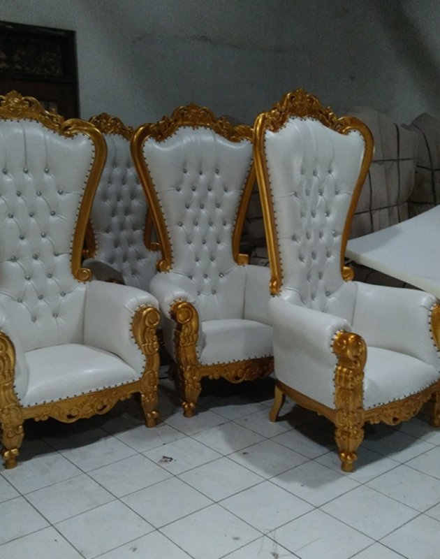 throne_chairs