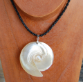 Seashell Necklace With Bead